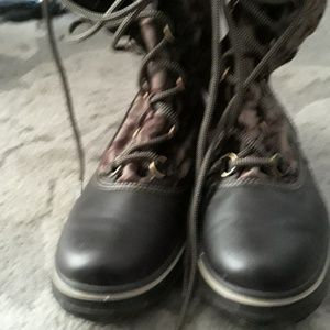 Size 8 coach boots never worn